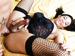 That sexually aroused tanned darkish shemale has some control in her cock!
